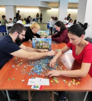 Cronicas competiting at 500 piece puzzle competition